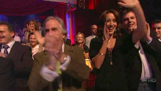 Dancing with the Stars - S6×03 - Jennifer Beals Supports Marlee