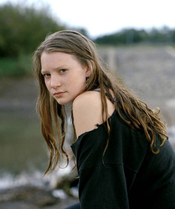 Mia Wasikowska - Photo Colection