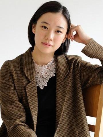 yu-aoi-oct2014-profile